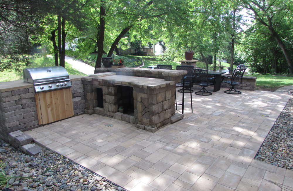 The Basic Design Of This Patio Is A Simple Rectangular Design With A  3 Piece Concrete Paver Layout That Provides A Variety Of Shapes And Sizes  Within The ...